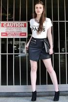 black suede Steve Madden boots - white v-neck Charlotte Russe top