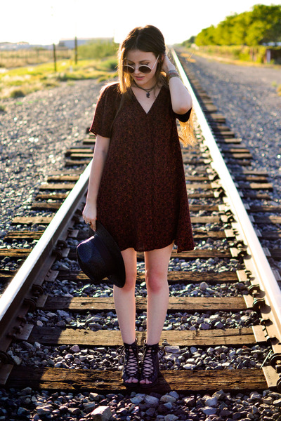 black Urban Outfitters shoes - crimson Urban Outfitters dress