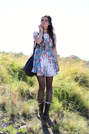 dark brown troopa Steve Madden boots - ivory floral Pink Blush dress