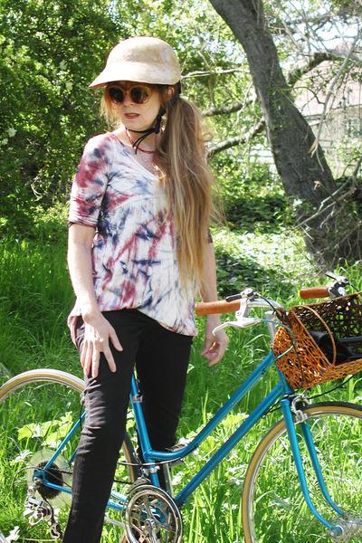Ross t-shirt - thrifted jeans - DKNY sunglasses - RidingPretty hat - 1970s Motob