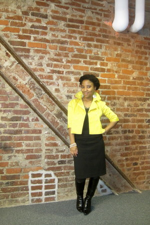 yellow joyce leslie jacket - black Loft skirt