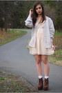 Brown-jeffrey-campbell-boots-peach-h-m-dress