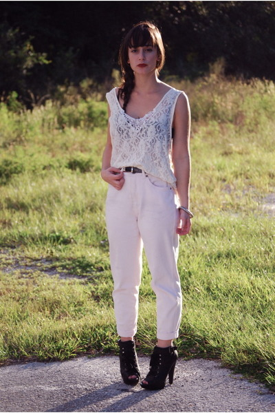 eggshell lace vintage blouse - light pink vintage pants - black Aldo heels