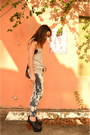 Navy-bleached-soluna-threads-jeans-silver-tank-top-urban-outfitters-t-shirt