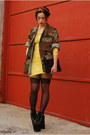 Light-yellow-lace-h-m-dress-olive-green-army-jacket-vacant-moon-vintage-jacket