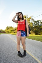 red american flag Miracle Eye skirt - black Dr Martens boots