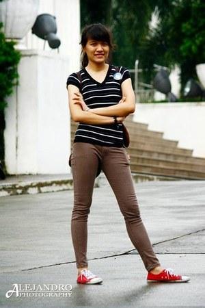 black stripes unknown shirt - brown skinny jeans Jag jeans