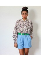 periwinkle RMV shorts - purple RMV shirt - dark green vintage belt