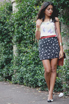 navy vintage skirt - red vintage belt - cream Red Mera Vintage top