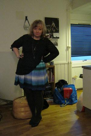 hm tights - silk skirt - jumper