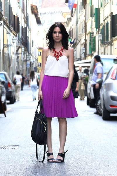 magenta pleated H&M Trend skirt - Mulberry bag - ruby red H&M necklace
