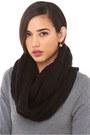Infinity-knit-akira-black-label-scarf
