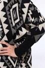 Akira-sweater
