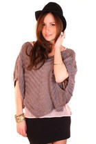 heather gray ShopGoldie top