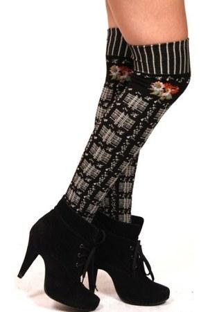 black ShopGoldie tights