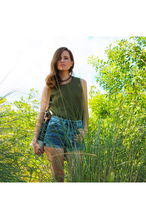 derek heart sweater - Fendi boots - denim shorts H&M shorts