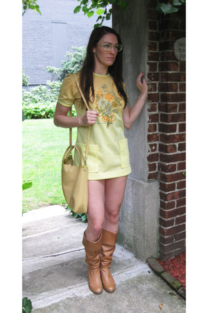 bronze leather Zara boots - light yellow mod Modern Vintage dress