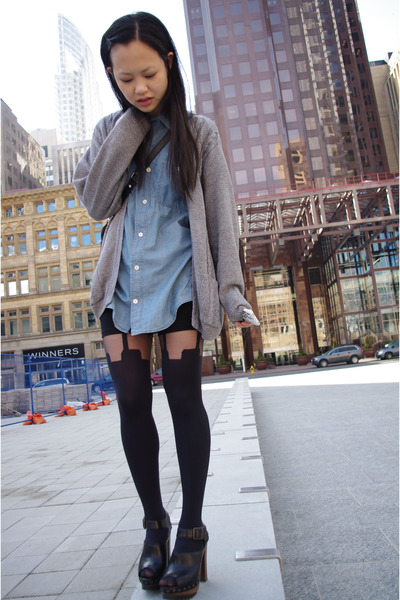 H&M shirt - vintage sweater - Aritzia shorts - Topshop tights - Zara shoes