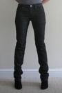 Chic Rewards: RVCA Dark Wash Jeans