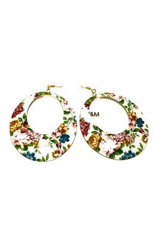 white H&M accessories