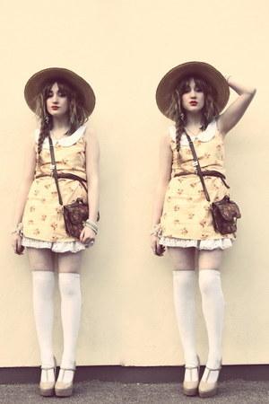 eggshell vintage dress dress