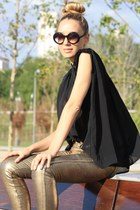 H&M pants - Queens wardrobe blouse