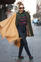 Pilar Burgos flats - Primark coat - Primark top - H&M cape - In a cloud necklace