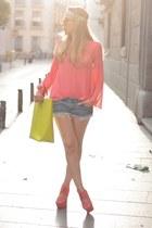 Queens Wardrobe blouse - Zara bag - BLANCO shorts