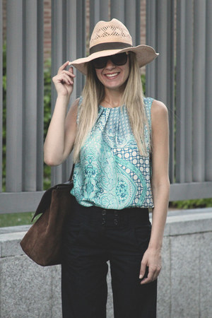 Celop Punto top - H&amp;M hat - Georgia Rose bag - Dolce Gabbana sunglasses