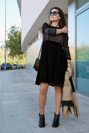 black studded Zara boots - black Zara dress - camel biker Zara jacket
