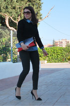 blue denim shirt Zara shirt - black knitted BLANCO sweater - red Pull & Bear bag