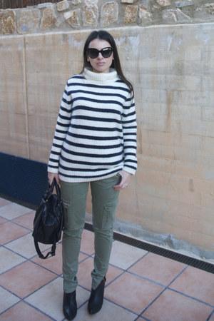 Zara boots - bowling Zara bag - paname dior sunglasses - stripes Zara jumper