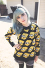 Black-bart-simpson-romwecom-sweater-black-bow-hair-accessory
