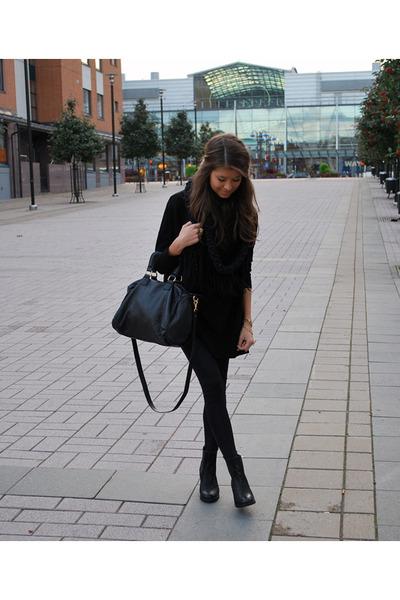 Aldo boots - Forever21 sweater - H&M leggings