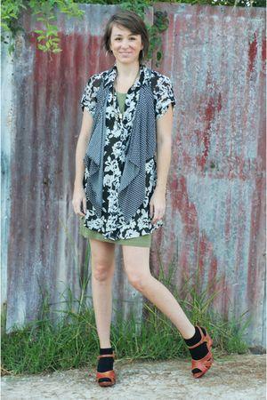 green dress - dress - shoes - Sweet Charlotte on Etsy vest