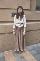 eggshell Dotti sweater - light pink American Apparel skirt