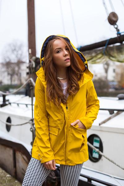 yellow rain Urban Outfitters coat - black gingham asos leggings