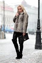 Zara boots - vintage coat - vintage purse - glow fashion pants