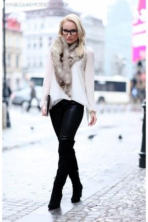 light brown vintage scarf - black Zara boots - silver Stradivarius purse