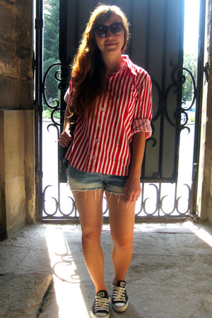 red thrifted vintage shirt - sky blue thrifted vintage shorts