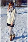 White-h-m-scarf