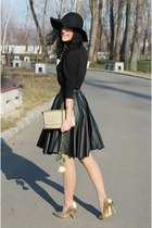 black faux leather Dressin skirt