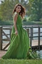 simona mar necklace - pleated maxi ted baker dress