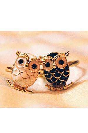 enamel owls ring