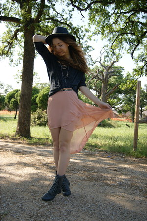 Forever 21 skirt - Target hat - Forever 21 top