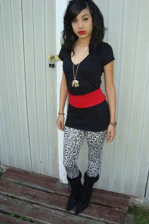 black shirt - silver Forever 21 necklace - red Forever 21 belt - gray Miley Cyru