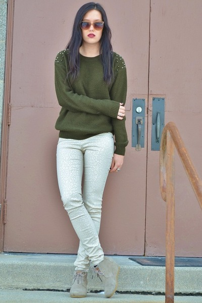army green Forever21 sweater - tan TOMS wedges