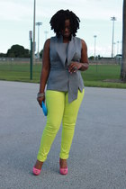 neon jeans - suede shoes - neon-clutch bag - linen blouse