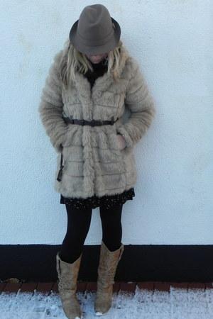 Newlook coat - twice a nice boots - River Island dress - TKmaxx hat