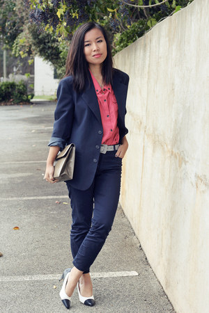 salmon DKNY blouse - navy H&M pants